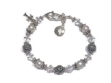 Pearl and Swarovski First Communion Bracelet © Contemplation Marks